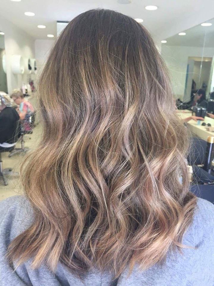Beautiful Balayage Soft Beachy Textured Waves Blondes By Ruby